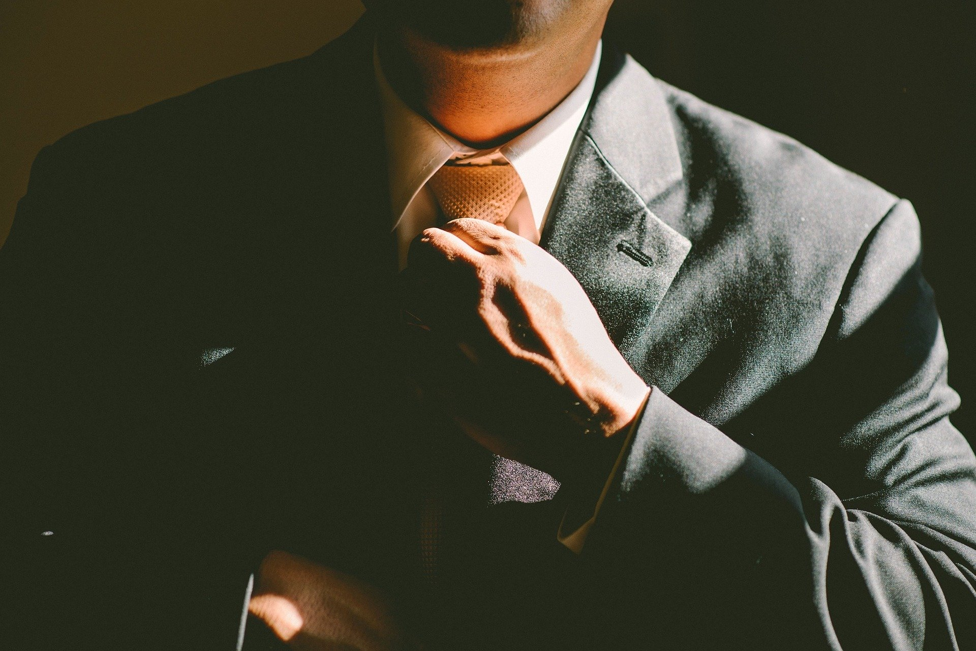 BLOG PER AZIENDE:  COME CREARE CONTENUTI EFFICACI E MIGLIORARE LA TUA WEB REPUTATION